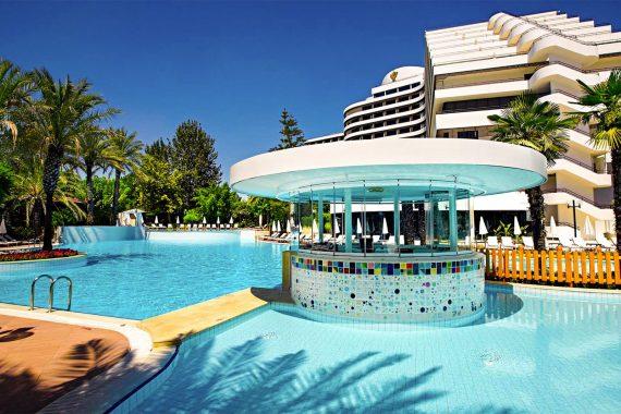 Schwimmbad - Medworld Klinik - Rixos Downtown