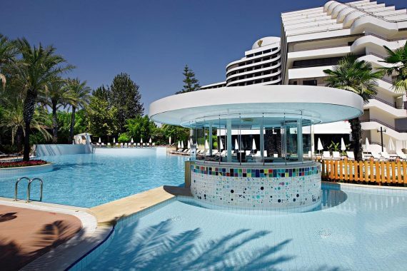 Swimming Pool - Medworld Clinic - Rixos Dowtown